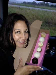 cupcakes, online dating, relationship, divorced mom, single mom,